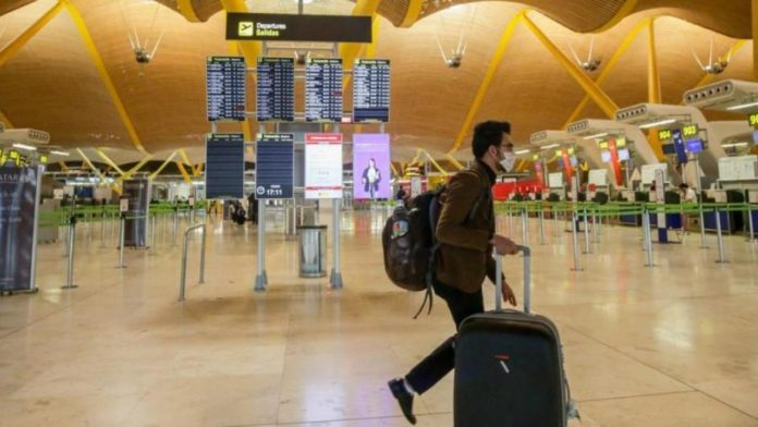 Venezolanos varados en Madrid exigen repatriación urgente a su país
