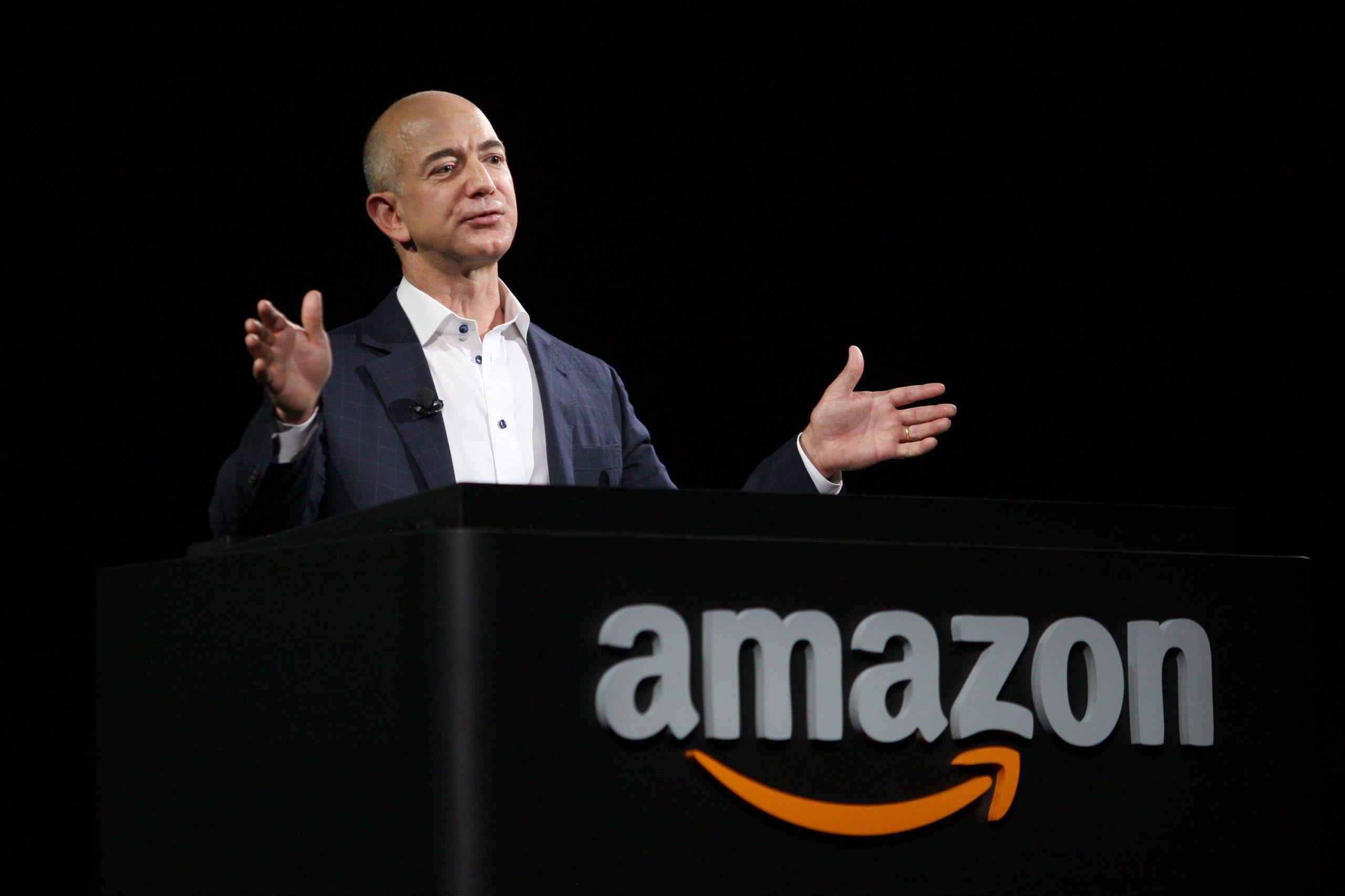 Jeff Bezos vende participación en Amazon por un valor de 1.900 millones de dólares