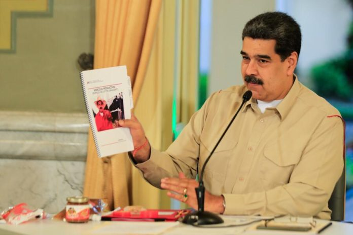 Nicolás Maduro aprueba la modalidad del pago quincenal del IVA