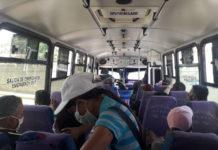 Alertan sobre congestionamiento dentro de unidades de transporte público por escasez de gasolina