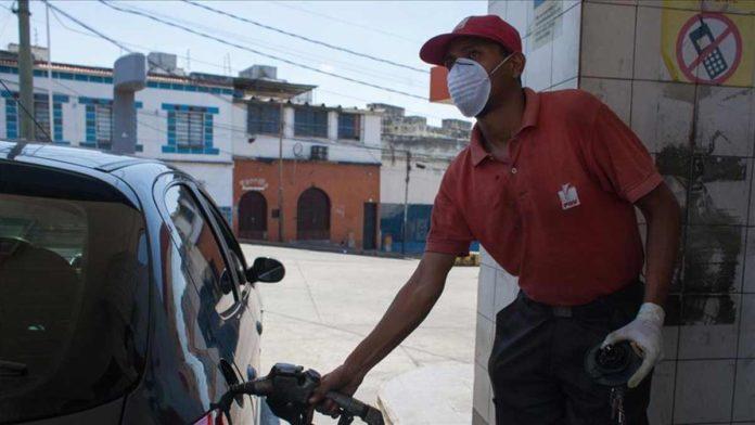Fedenaga exige a Nicolás Maduro suministro regular de combustible