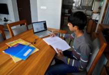 Docentes advierten que mantendrán clases online ante la falta de ajustes salariales