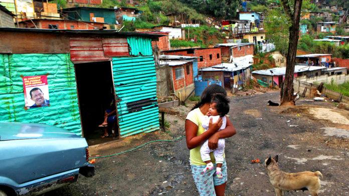 BID: Si hay cambio de modelo político en Venezuela, debe activarse un plan de subsidios a los sectores más vulnerables