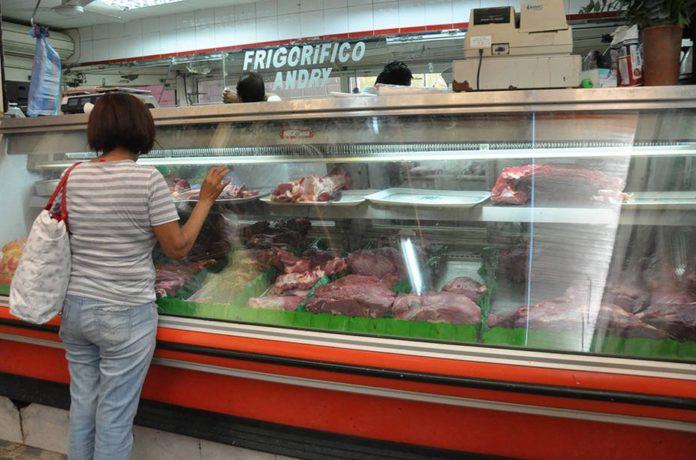 """Economista Briceño: """"Hay un gran déficit de producción de carne en Venezuela"""""""