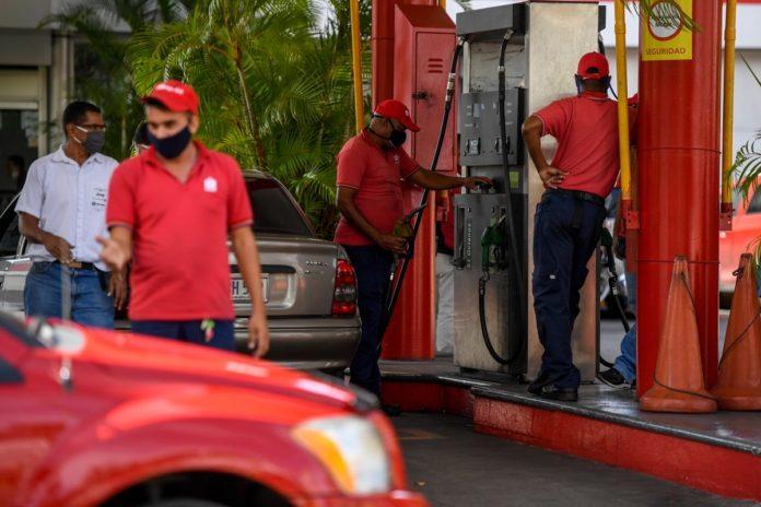 Reuters: Pdvsa se prepara para impulsar la mezcla de petróleo e importa diluyentes iraníes