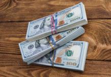 """El precio del dólar paralelo supera los Bs. 400.000 en """"transacciones de grandes volúmenes"""""""