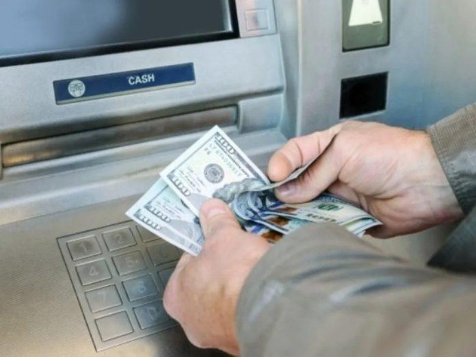 Sugieren supervisión del BCV en cajeros dolarizados