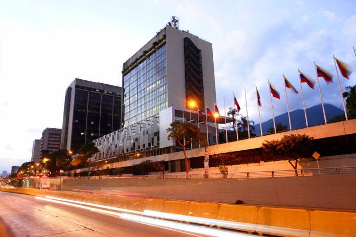 Gobierno de Maduro extendió por 30 días oferta condicional a bonistas de Pdvsa, la Electricidad de Caracas y la República