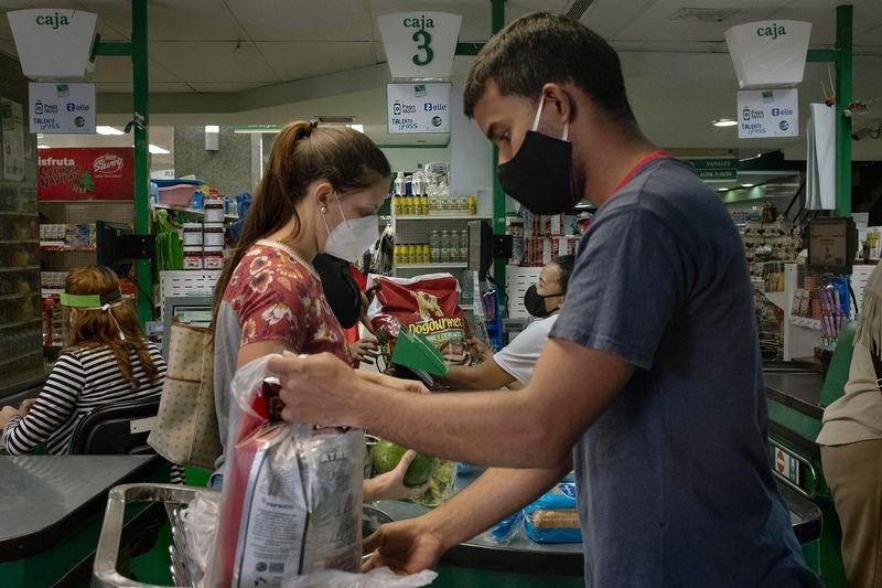 Zelle ha convertido a una Venezuela hambrienta de dólares en un laboratorio de pruebas sin efectivo