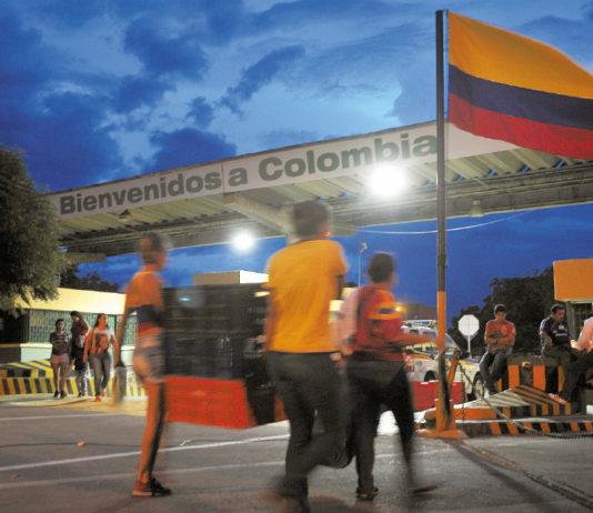 """Venezolanos podrían regresar a Colombia por medio del """"cordón humanitario"""""""
