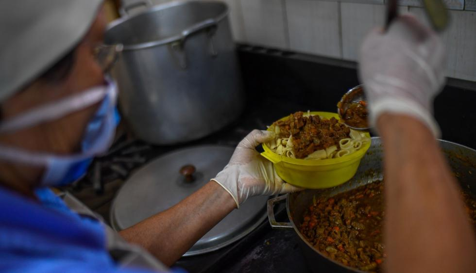 Peligra red de comedores que beneficia a 25 mil niños venezolanos