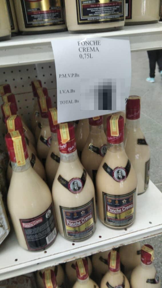 Tradicional Ponche Crema luce inalcanzable para los venezolanos