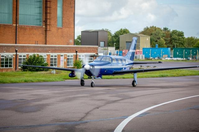 Bill Gates y Jeff Bezos respaldan el desarrollo de un avión propulsado por hidrógeno