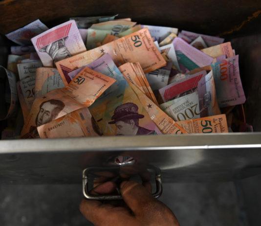 Colapso del sistema de pagos impulsa una inminente reconversión monetaria