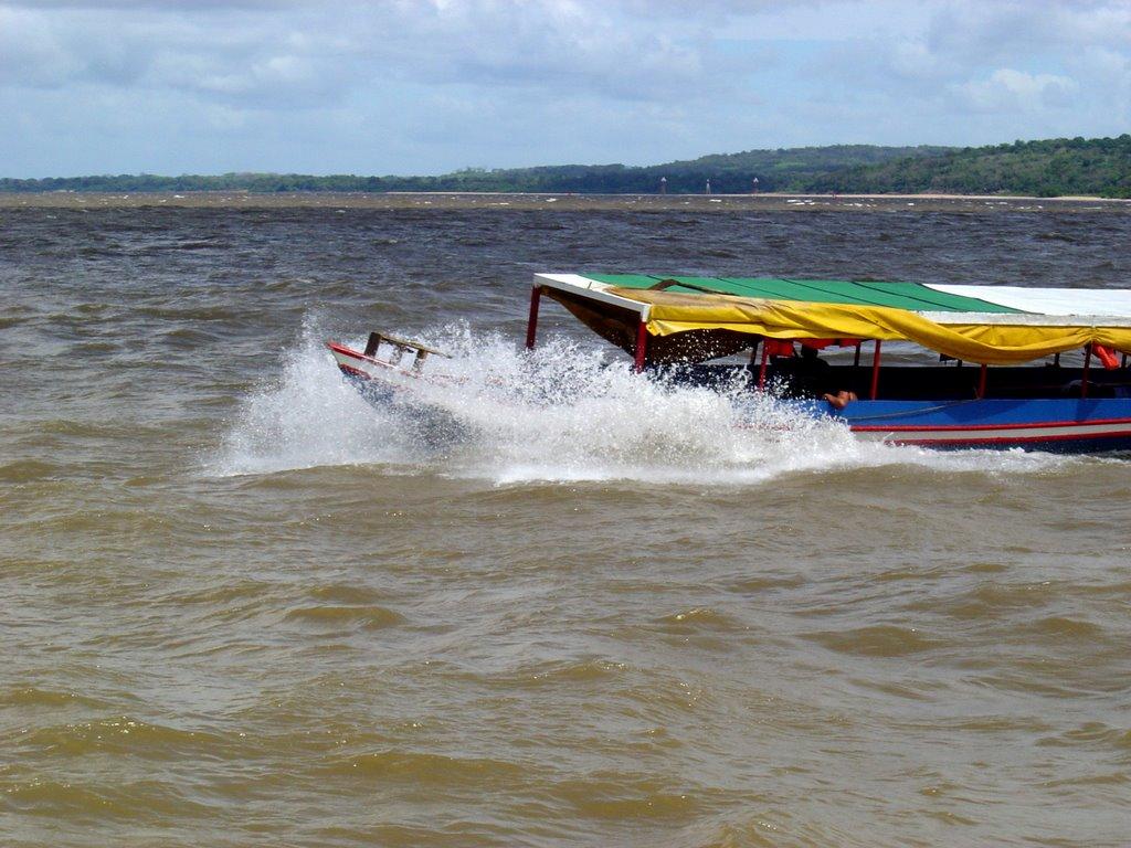 Escasez de combustible paralizó a transportistas fluviales en ríos Orinoco y Caroní (Video)