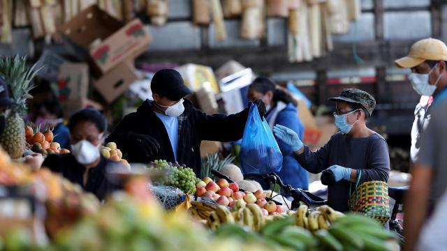 Macro Consultores: Cesta de alimentos ascendió en diciembre a Bs 33.188.883 o 33,22 dólares