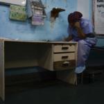 Enfermeros en Venezuela piden insumos a cada paciente para poder atenderlos