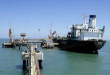Bloomberg: Exportaciones petroleras de Venezuela caen 13% en febrero
