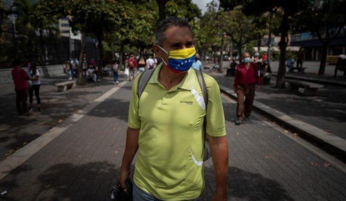 Nicolás Maduro evalúa flexibilizar la cuarentena una semana y radicarla 14 días
