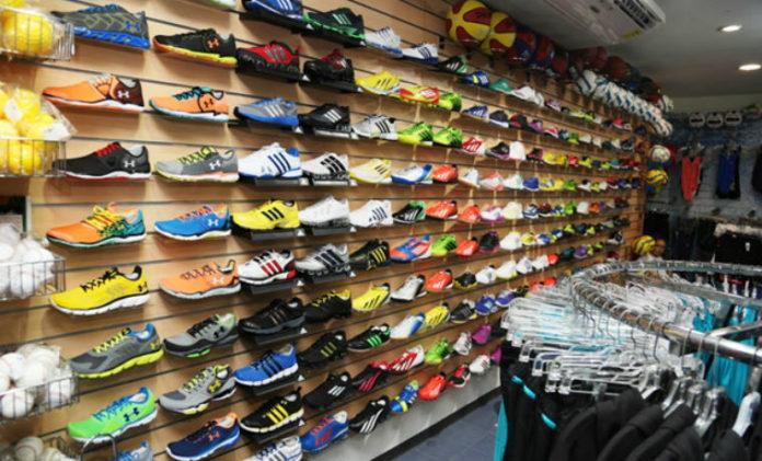 Zapatería en Maracaibo perdió más del 50% de clientes pese a ventas por internet, reveló la CCM