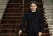 Gustavo Dudamel es nuevo director musical de la Ópera de París