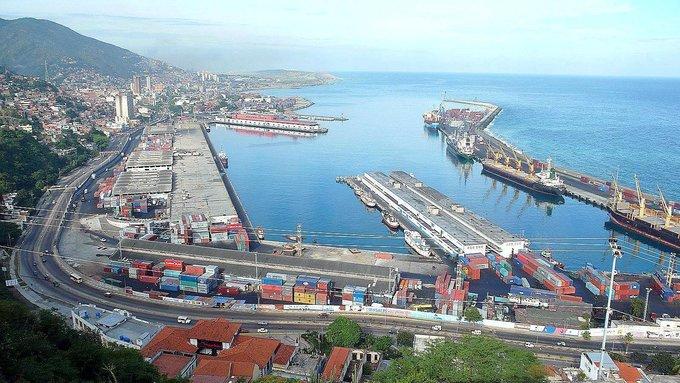 China impone tarifa aduanera de $30 por barril a la importación de hidrocarburos