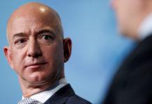 La exorbitante cantidad que pagó un 'misterioso pasajero' a cambio de viajar al espacio con Jeff Bezos