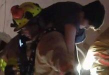 Así rescataron a un joven tras el colapso de un edificio en Miami Beach (+video)