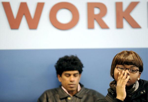 Sube a 419.000 la cifra semanal de solicitudes de ayuda por desempleo en EE.UU.