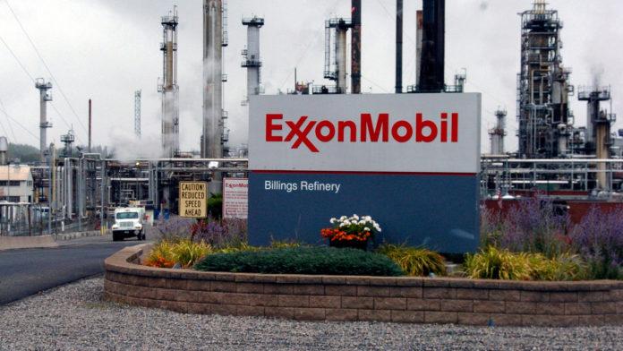 Exxon Mobil vende su negocio Santoprene por más de mil millones de dólares