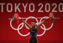 El venezolano Julio Mayora ganó medalla de plata en Halterofilia